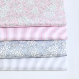 розовый измеритель ткани Скидка Серый розовый цветочные полосы Diy хлопчатобумажная ткань для шитья лоскутное лоскутное текстиль Тильда кукла боди одежда ручной работы Tissus метр