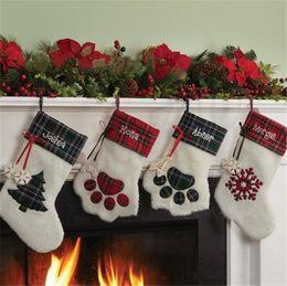décorations de salle de bain pas cher Promotion Nouveau Noël chaussettes cadeaux sac chaussettes en peluche créative chien patte Bas de Noël sacs Décorations de Noël I469