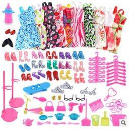 vestidos de muñeca Rebajas 10 Piece Beautiful Party Barbiee Clothes Fashion Dress Accessories 18 Par Zapatos para Barbiee Doll Accesorios de lujo Traje para 11