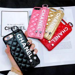 Cas de téléphone de bande en Ligne-Cas de téléphone de luxe pour Iphone XS MAX avec bande de poignet cas de téléphone pour Iphone Marque Designer cas de téléphone pour iPhone X 678 Plus