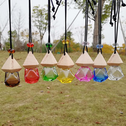 Wholesale China Empty Bottle - Perfume Bottles China 8ml Clear Wooden Lid Home Car Hanging Air Freshener Perfume Fragrance Small Glass Empty Glass Bottle F20172832