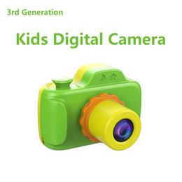 Mini cámara digital para niños online-Regalos de alta calidad para niños B1 HD 1080P Niños Mini Cámara Digital Pantalla 3.0 pulgadas Mini Niños Videocámara Cámara de Fotos Regalo de Navidad