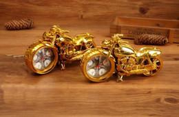 Reloj de escritorio moderno de la motocicleta Reloj despertador de cuarzo moda decoración del hogar regalos fresco retro Deisgn para niños desde fabricantes