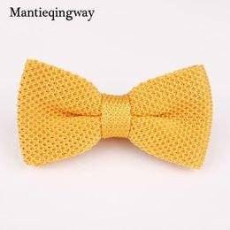 Мужские галстуки-бабочки онлайн-Mantieqingway Fashion Knit Bowtie Mens for Wedding Texudo Knitted Bow Ties Gravatas Slim Vestidos Knitting Bow Tie Bowknots