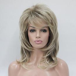 Hivision mode charmant mélange de blond de santé et de racine brune dorée longueur moyenne moelleuse frange ondulée femmes pour tous les jours ? partir de fabricateur