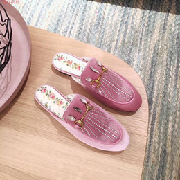 Wholesale Gem Studded - 2018 Hot Selling High Quality Women Fashion Slippers Outdoor Antiskid Rubber Comfortable Leisure gem-studded Slippers Size 35-39
