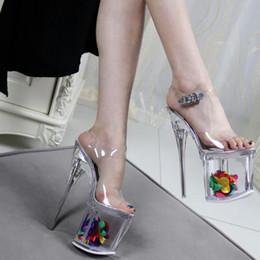 Livraison Gratuite Discothèque Mesdames Faves Fleur Plate-Forme Pompes Femmes Talons Hauts Sandales Sexy Peep Toe Chaussures D'été En Acier Talon Plate-forme 11 cm ? partir de fabricateur