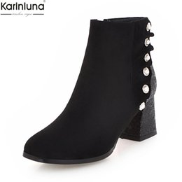 c8ab1f0aac27e8 Karinluna 2018 Large Size 33-43 neue Mode Perle Reißverschluss Ankle Boots  Frau Schuhe klobige Fersen schwarz rot Schuhe Frau Stiefel weiblich