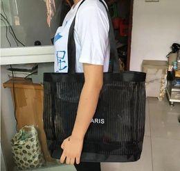 Mıknatıslanmış kapak ile 2018 Özel Moda Depolama Omuz Çantası Siyah Gazlı Bez Alışveriş Çantası Çevre Dostu Büyük Plaj Çantası Kadın Rahat Çanta cheap gauze cover nereden gazlı bez örtüsü tedarikçiler