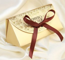 Wholesale Wholesale Sugar Free Candy - Free shipping Gold Wedding candy boxes gift box creative sugar bag to wedding classic gift bags Ferrero Rocher boxed