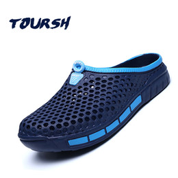 sandali freddi all'aperto Sconti TOURSH Men Summer Shoes Sandali New Beach traspirante Slip On Pantofole da uomo Walking Cool Outdoor per pantofole casual estate blu