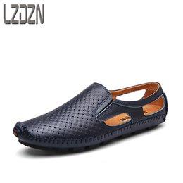 2020 zapatos de cuero sin cordones Ocio de verano, hombres de mediana edad, sandalias de cuero, zapatos de verano sin cordones. zapatos de cuero sin cordones baratos