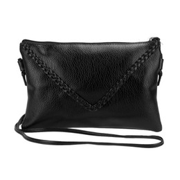 ladies cross body handbags wholesale Promo Codes - New Women Messenger Bags Knitting Women Leather Handbags Ladies Small Shoulder Cross Body Bags Bolsas Sac A Main Clutches