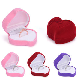 Wholesale Novelty Jewelry Boxes - New novelty romantic Velvet ring boxes Rose Heart Shaped Ring box Jewelry Display Box Gift wedding ring Storage Case