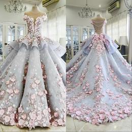 2019 cristaux de style princesse chérie Mhamad dit 2019 robes de mariée robes de mariée robe de bal appliques florales 3D robe de mariée perlée en dentelle vintage robe de mariage