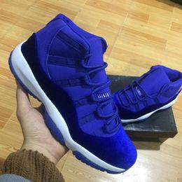 2019 chaussures de basket en velours avec boite taille haute New 11 Velvet Heiress rouge bleu Grey Suede Basketball Chaussures Homme Espaces Jams 11S XI Authentic Sports Shoes promotion chaussures de basket en velours