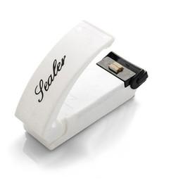 Canada 2018 Portable Mini Paquet Scellant Des Machines De Scellement Pratiques Pour Le Plastique Snacks Sacs Cilps Thermoscellant Scellant Sous Vide Rescellant Cuisine Entreposage Offre