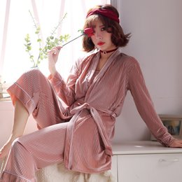 8e8ce81022 Winter Bathrobe Women Pajamas Bath Flannel Warm Robe Sleepwear Female Robes  Lovely Nightgowns High Quality Sexy Gold Velvet Robe