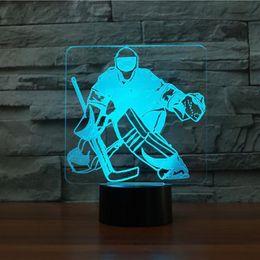 base all'ingrosso di cristallo chiara Sconti 3D Ice Hockey Portiere Modellismo Lampada da tavolo 7 colori Cambia LED NightLight USB Camera da letto Illuminazione per il sonno Ventilatori sportivi Regali Home Decor