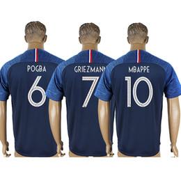 New France GRIEZMANN MBAPPE POGBA soccer jerseys 2018 world cup shirts  DEMBELE MARTIAL KANTE jerseys football GIROUD Maillot de foot 6c1107b20