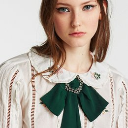 Wholesale Chunky Bow Necklaces - whole saleFashion Women European And American Hyperbole Bow Tie Chain Choker Statement Chunky Collar Pendant Necklace