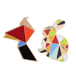 Wholesale Bead Jewelery - whole sale2017 Retro Brooches Women's Dresses Brooch Needle Beads Jewelry Chic and charming Colors Bird and Rabbit Enamel Fashion Jewelery