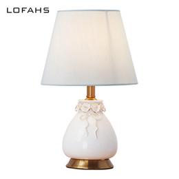 Faça porcelana on-line-Candeeiro de mesa feito à mão mesa de porcelana deco lâmpada para quarto chinaware cama lâmpada deco casa mariage maison luminaria YX8007