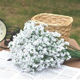 2019 decorazioni porpora bianca Artificiale Bridal Flowers Bouquet Vivid Fake Starry Gypsophila Simulazione Fiore Decorazione della festa nuziale Bianco Viola Vendita calda 2mx BW sconti decorazioni porpora bianca