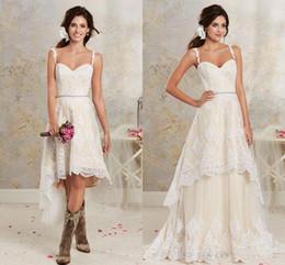 2019 um ombro frente vestido de casamento curto 2019 New Sexy Duas Peças Vestidos de Casamento Espaguete Lace A Linha Vestidos de Noiva Com Hi-Lo Curto Destacável Saia País Vestidos de Casamento Boêmio