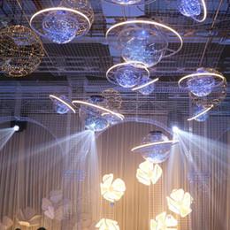 Decoração de estrelas penduradas no casamento on-line-Nova Chegada de Brilho LED Flash Star Ball Showcase Decoração Do Espaço Do Espelho Do Casamento Ornamento Pendurado Lustre Frete Grátis
