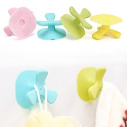 Wholesale Organize Homes - Cartoon Clover Hooks Sticky Home Organize Hook Kitchen Bathroom Holder Lovely Non-Trace Wall towel clothes Hook A5