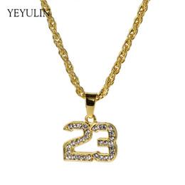 Nuevo cristal completo hip hop baloncesto leyenda número 23 collares  Panders Bling oro cubano collar de cadena joyería para hombre 36577e14a91