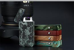 Encendedor de cigarrillos ambiental online-Solo arco a prueba de viento encendedor de carga USB arco de metal del cigarrillo de camuflaje electrónico encendedor ambiental encendedor c378