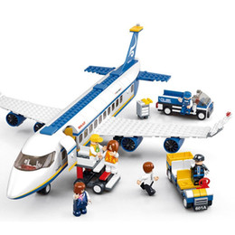 Wholesale Blocks Plane - SLUBAN 463pcs Air Plane Passenger Airport City Building Blocks Bricks Boy Toys Chilren Gift For Children Bricks Compatible With Legoe