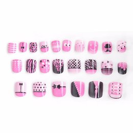 Wholesale fake nail patterns - Hot Ladies Sexy Clothing Fake Nails 24 Pcs Pink Pattern Pre-glue Press on Fake Nail Tips for Little Girls Kits