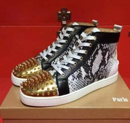 Wholesale High End Women Shoes - Wholesale Men&Women high-end custom high top golden rivets casual shoes trend front-end design red bottoms sneakers flat spiked shoes