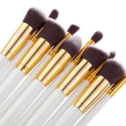 conjunto de pincel sgm Desconto 2017 Hot performances de dança 10 PCS profissional escova de maquiagem SGM mesmo modelo conjunto de escova punho de madeira nylon cabelo Sombra de Olho + Presente Livre