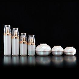 Wholesale empty diamond bottle - 30g 50g 120g 30ml 50ml 80ml 120ml Luxury Pink Diamond Empty Acrylic Cream Jar Lotion Vacuum Pump Bottle Cosmetic Packing bottles