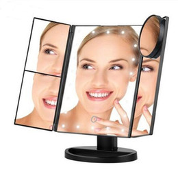 Зеркало для макияжа с подсветкой онлайн-Светодиодный сенсорный экран 22 свет зеркало для макияжа настольный макияж увеличительные зеркала 3 складные регулируемые зеркала DHL бесплатная доставка