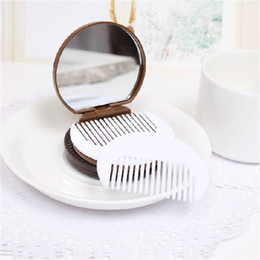 Wholesale Mini Mirror Compacts - Mini Sandwich Biscuits Mirrors Simulation Chocolate Cosmetic Mirror And Comb Portable Women Makeup Tool 1 2ms Y R