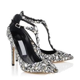 Sandalia cubre los dedos de los pies online-Bling Bling Cristal mujeres zapatos de boda punta estrecha Super Stiletto Sandalias de tacón alto cubierta atada Hebilla del talón de la correa bombas vestido zapatos de las señoras