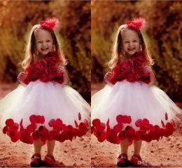 I bambini carini fioriscono l'immagine online-Immagini reali Abiti Flower Girl con fiori Sweety Pageant Gowns Tulle Ball Gown Kids Dress For Cute Baby