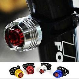 Capacetes de bicicleta vermelha on-line-LED À Prova D 'Água Da Bicicleta Da Bicicleta Ciclismo Frente Traseira Da Cauda Capacete Luzes de Flash Vermelho Lâmpada de Aviso de Segurança Ciclismo Segurança Luz de Advertência