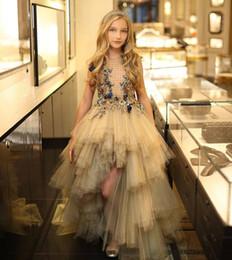 vestiti di raso lungo delle ragazze lilla Sconti Abiti da ragazza di fiore di alta basso livello del progettista per abiti da ballo per bambini in tulle con applicazioni floreali