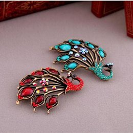 Wholesale Peacock Design Jewelry - Wholesale- New Design Peacock Brooch for Women 2 Colors Rhinestone Crystal Brooches Pin Jewelry Free Shipping
