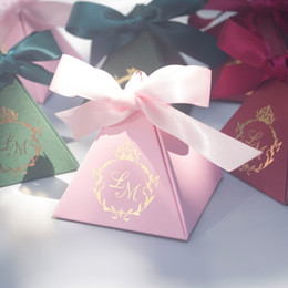 Personalizado caixas de bombons de casamento Rosa Vermelho Verde nupcial do chuveiro favor detentores 200 pçslote atacado frete grátis de Fornecedores de suportes do partido dos doces