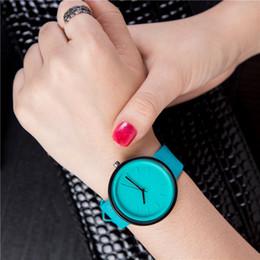 красочные женские часы Скидка BGG  Women's Watches Fashion female Casual wristwatch ladies Leather Quartz Watch student colorful female clock hour