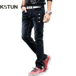 KSTUN Mens Jeans 2018 Buttons Designer Schwarz Grau Supper Skinny Stretch  Denim Jogger Biker Moto Jeans Mode Nieten Pantolon günstige graue jeans  mens mode d2eb931cfb