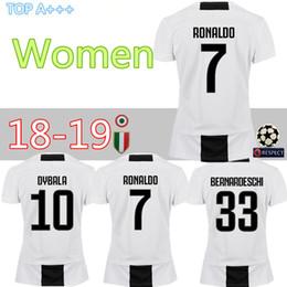37e8007e8 Champions League Juventus Home Fußball Trikots Juventus   7 RONALDO Frauen  Fußball Shirts 2019 Lady Fußball Uniformen   10 DYBALA Mädchen Trikot  günstig ...