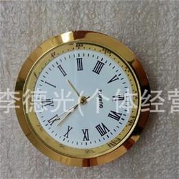 Inserções de relógio de quartzo on-line-Movimento de cristal Relógios de Metal de Ouro Liga de Quartzo Rodada Assista Inserir Roman Mumerals Trompete Conveniente Relógio Acessórios À Prova De Água 6ya jj